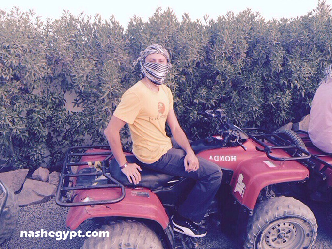 В ожидани экскурсии на квадроциклах по пустыне